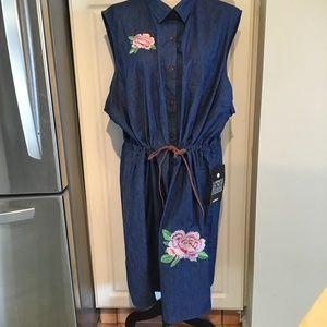 Avenue Sleeveless Denim Dress Size 30/32